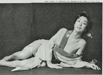 光岡優(『週刊アサヒ芸能』19850214) (2) - コピー.jpg