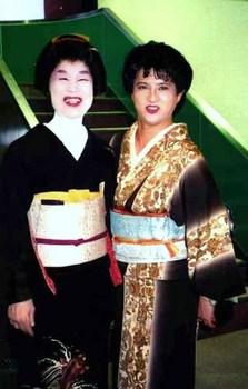 女装芸者(向島・真佐緒・2001年)2.jpg